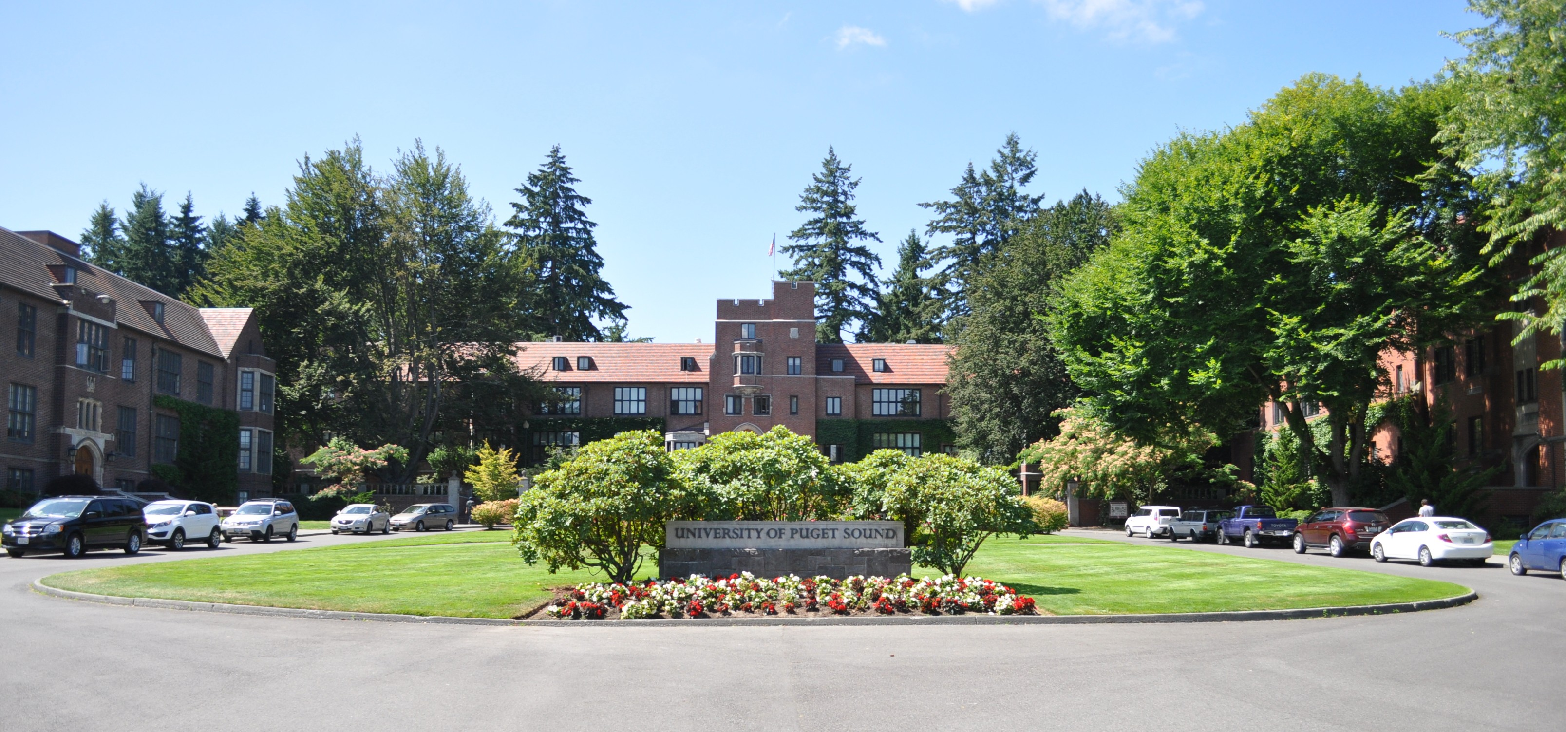 Tacoma's University of Puget Sound | Living in Pierce County